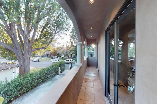 4702 Burnet Avenue Sherman Oaks, CA 91403