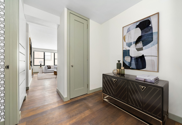 49 West 12th Street, Unit 4H Manhattan, NY 10011