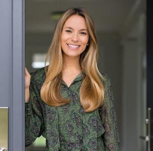 Headshot of Chelsea Georgio