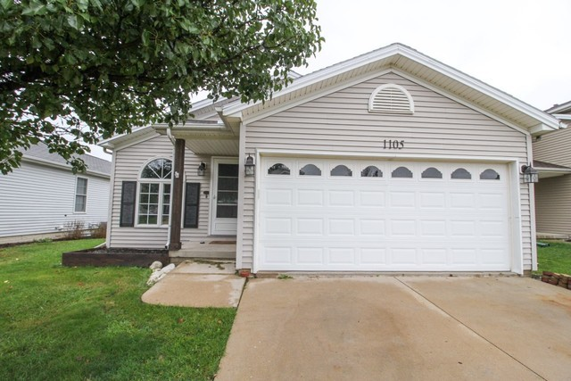 1105 Rader Run Bloomington, IL 61704