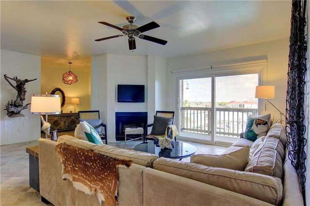 200 West Cotter Avenue, Unit C2 Port Aransas, TX 78373