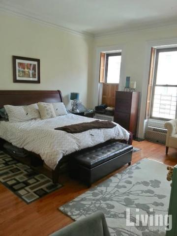 124 East 61st Street, Unit 2 Image #1