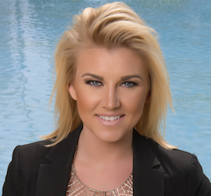 Amanda Mitts,                     Agent in San Diego - Compass