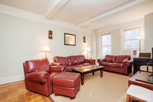 269 West 72nd Street, Unit 3A Image #1