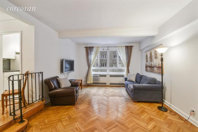 333 West 57th Street, Unit 3F Image #1