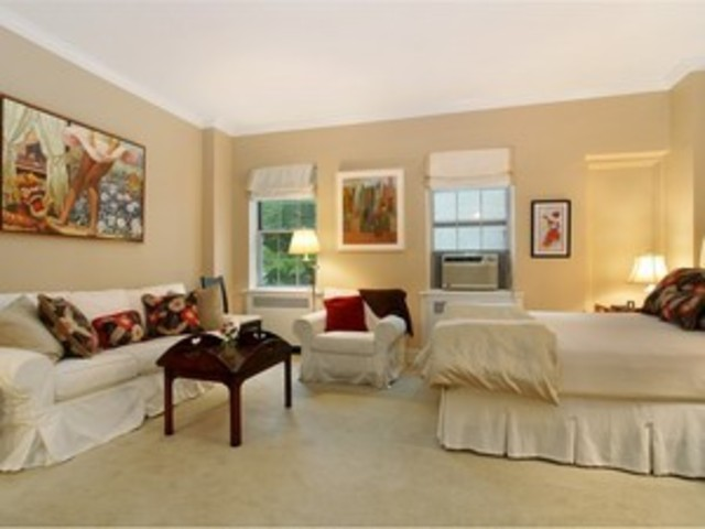203 East 72nd Street, Unit 3G Image #1