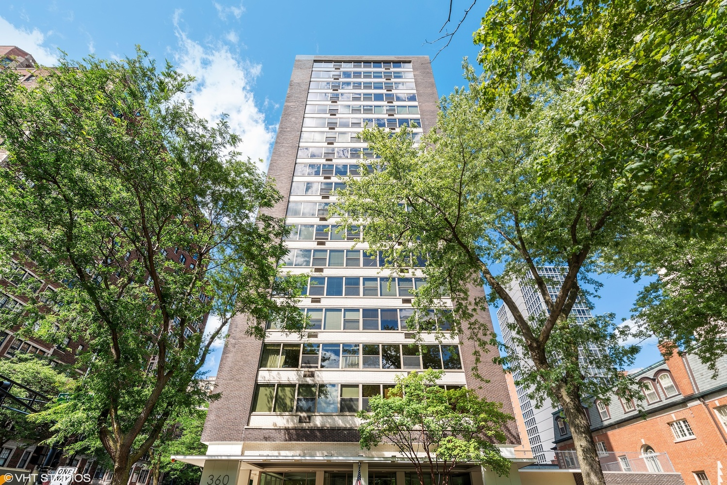 360 West Wellington Avenue, Unit 3A Chicago, IL 60657