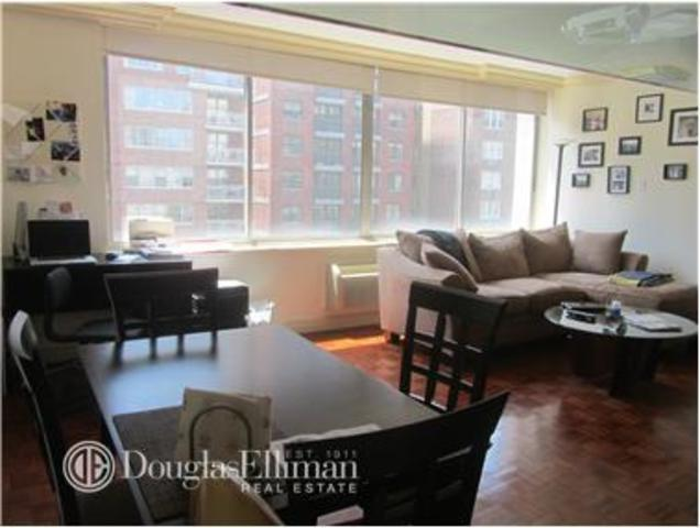 353 East 72nd Street, Unit 12B Image #1