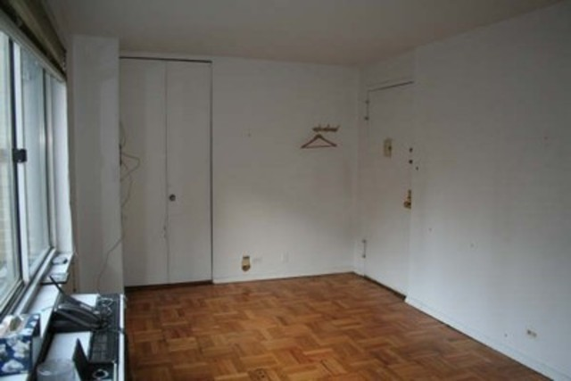 201 West 70th Street, Unit 2L Image #1