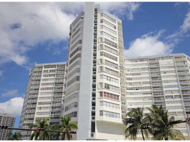 7135 Collins Avenue, Unit 1035 Image #1