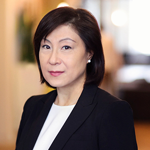 Christina Kim,                       Agent in NYC - Compass