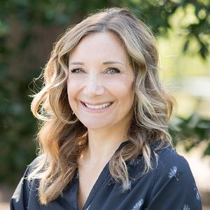 Anna Uliassi, Agent in Austin - Compass