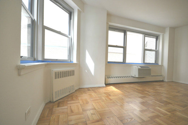 300 East 46th Street, Unit 7L Image #1
