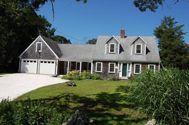 688 Smith Neck Road Dartmouth, MA 02748