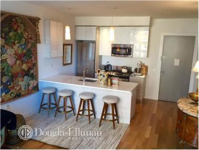 550 West 54th Street, Unit 931 Image #1