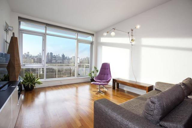 11-24 31st Avenue, Unit 10C Image #1