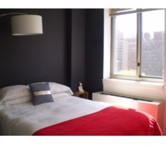 400 West 37th Street, Unit 9F Image #1