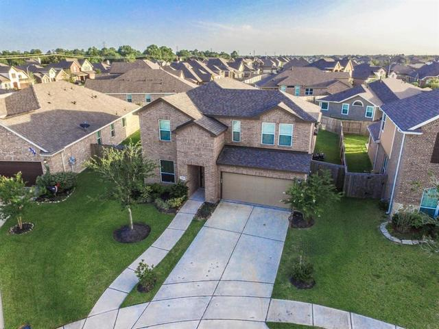 1976 Honey Meadow Lane, Pearland, TX 77089 | Compass