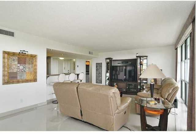 1000 Parkview Drive, Unit 509 Image #1