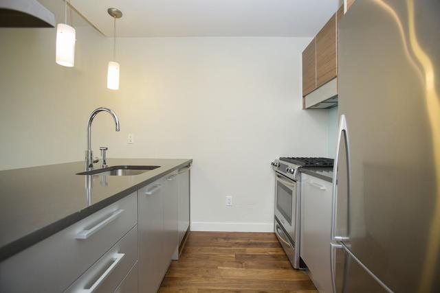 10-63 Jackson Avenue, Unit 6C Image #1