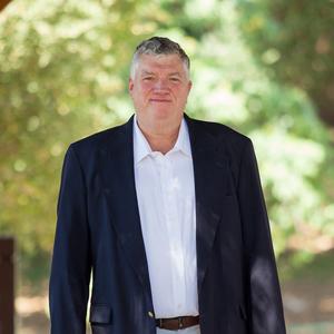 Steve Davis,                     Agent in Los Angeles - Compass