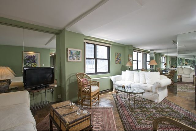 220 East 57th Street, Unit 18A Image #1