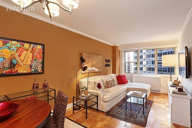 400 East 54th Street, Unit 6G Image #1