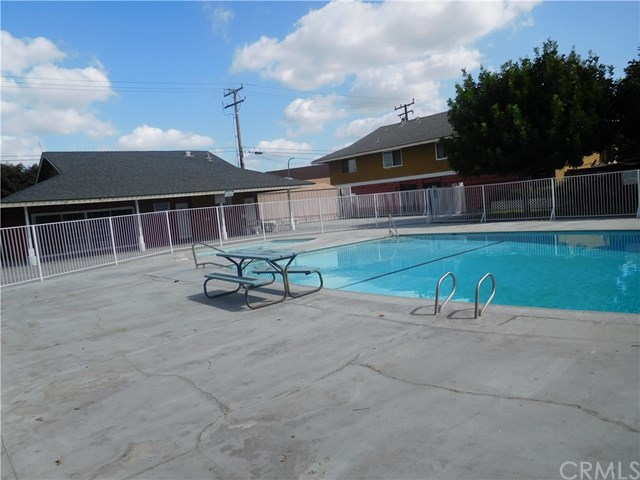 631 South Fairview Street, Unit 17G Santa Ana, CA 92704