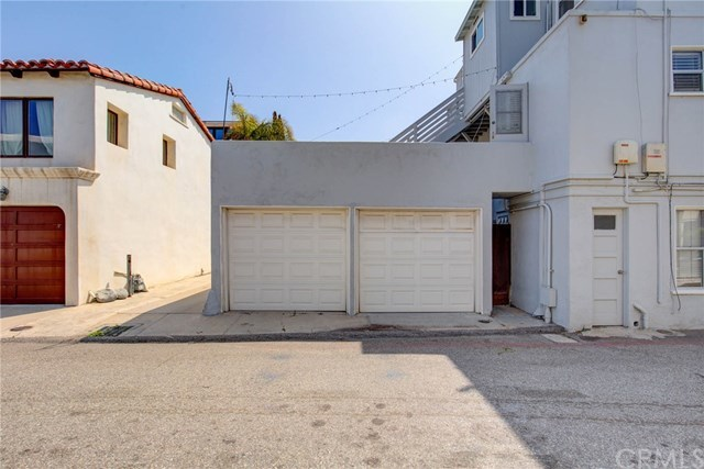 223 24th Street Hermosa Beach, CA 90254