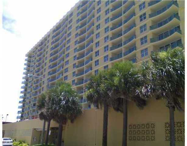 2501 South Ocean Drive, Unit 825 Image #1