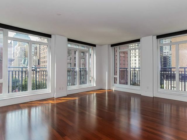 45 Park Avenue, Unit 701 Image #1
