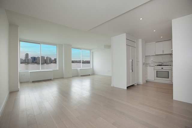 212 Warren Street, Unit 17E Image #1