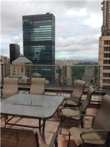 159 West 53rd Street, Unit 9H Image #1