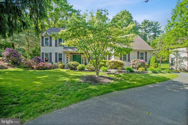 1085 Larc Lane West Chester, PA 19382