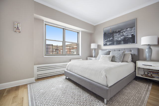 310 Greenwich Street, Unit 39K Manhattan, NY 10013