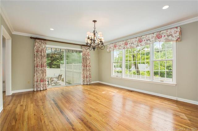 85 Bank Street, Unit 85 New Canaan, CT 06840