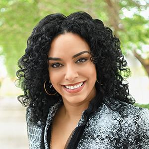 Chiara Solloa,                     Agent in Miami - Compass