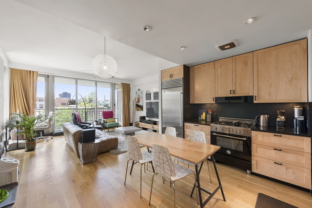 144 North 8th Street, Unit 3C Brooklyn, NY 11249