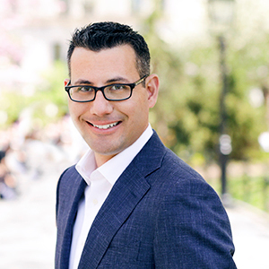 Oren Liberman,                     Agent in NYC - Compass