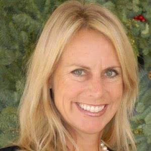 Kari Lyons, Agent in San Diego - Compass