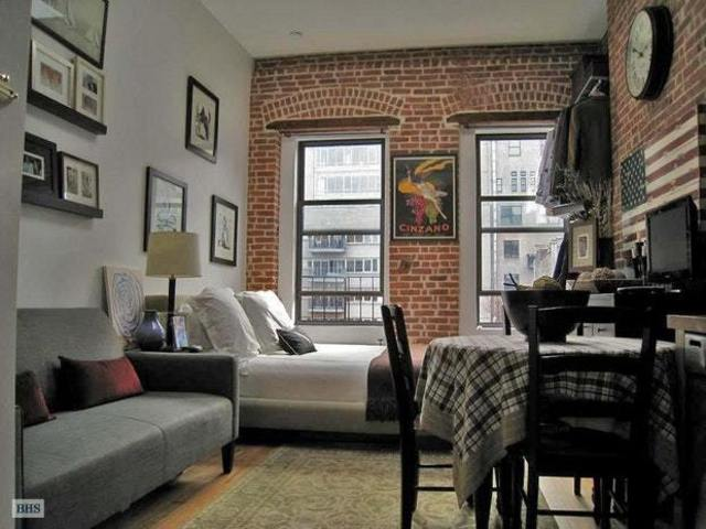 219 West 20th Street, Unit 5D Image #1