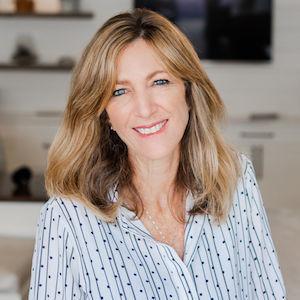 Cindy Ellison,                       Agent in San Diego - Compass