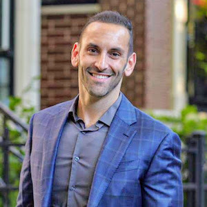 Dan Mercurio,                       Agent in Chicago - Compass