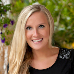 Aly Tesar, Agent in Chicago - Compass