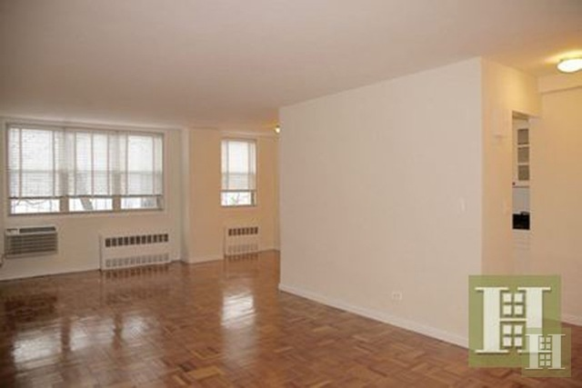 222 East 19th Street, Unit 8G Image #1