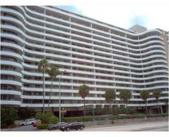 5555 Collins Avenue, Unit 6Y Image #1