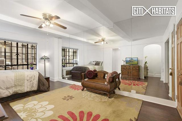 140 East 40th Street, Unit 4J Image #1
