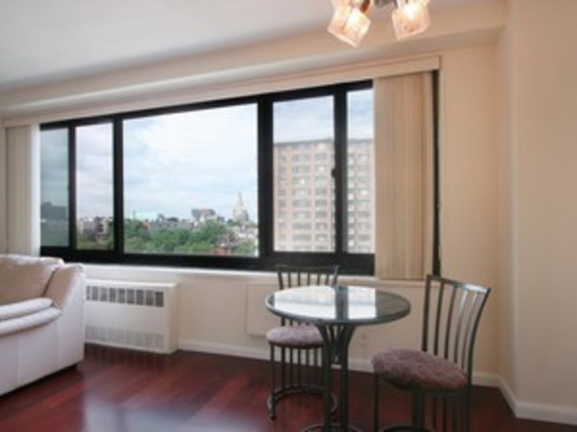195 Willoughby Avenue, Unit 1001 Image #1