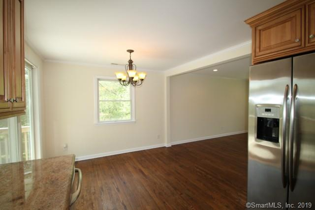25 Arnold Lane Norwalk, CT 06853