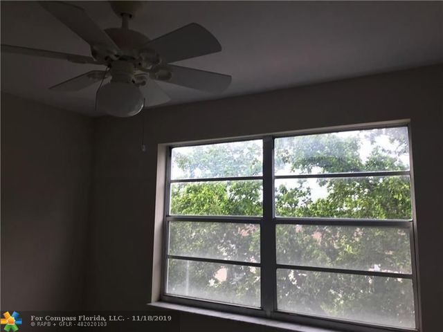 8950 Northeast 8th Avenue, Unit 415 Miami, FL 33138